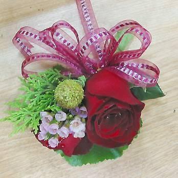 高級玫瑰花胸花