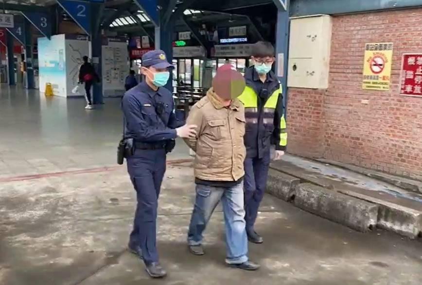 男搭客運謊稱剛從日本回台  宜蘭警查證不實速法辦