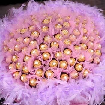《濃情久久》99朵金莎巧克力花束