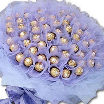 【限時特價】《綿綿情意》99朵金莎巧克力花束