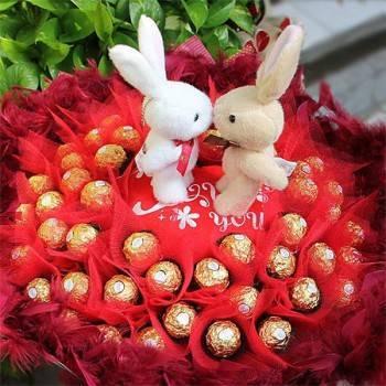 《情深意濃》Kiss情侶50朵金莎花束