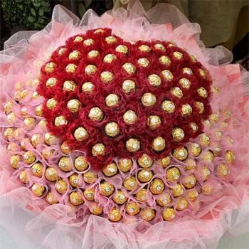 《真心愛你》心型雙色紗199朵金莎巧克力花束