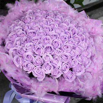 【特價花束】-《紫愛滿懷》滿天星99朵紫皂玫瑰花束