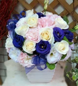 《紫愛》設計師桌花