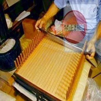 圖示6    日本傳統棋盤製作與劃線 ~ 太刀目盛, 絕美棋盤劃線工藝.(點圖放大)