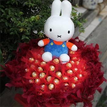 《酷寶貝》12吋米飛兔玩偶+50朵金莎花束