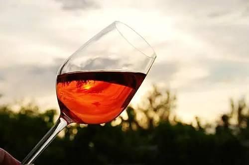 十大最匪夷所思的葡萄酒风味 你品得出吗?