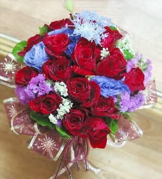 紅玫瑰手捧花