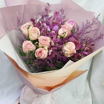 《嬌豔》進口大朵玫瑰花束