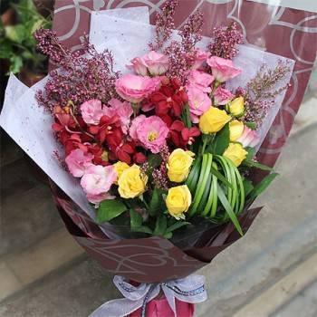 《喜悅》時尚黃玫瑰桔梗花束