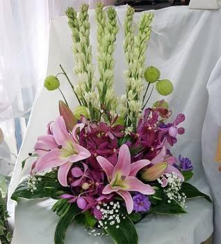 《花嬌迎人》精緻桌上盆花
