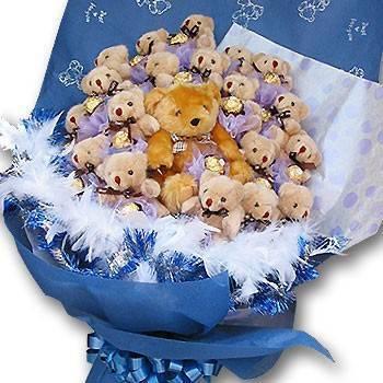 《今生最愛》21隻小熊獻金莎花束