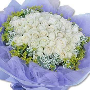 《璀璨戀曲》60朵翡翠白玫瑰花束