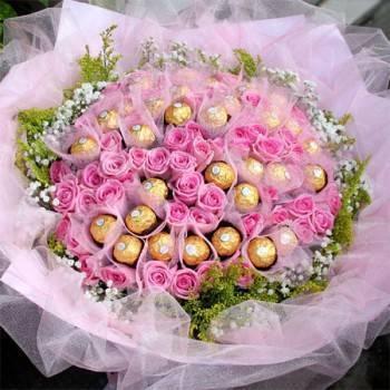 《愛情甜蜜99》99朵(金莎花+玫瑰)花束