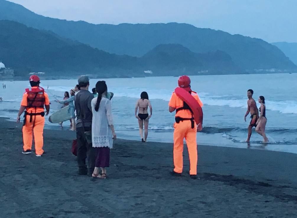 暑假戲水活動高峰  宜蘭海巡傾力防溺