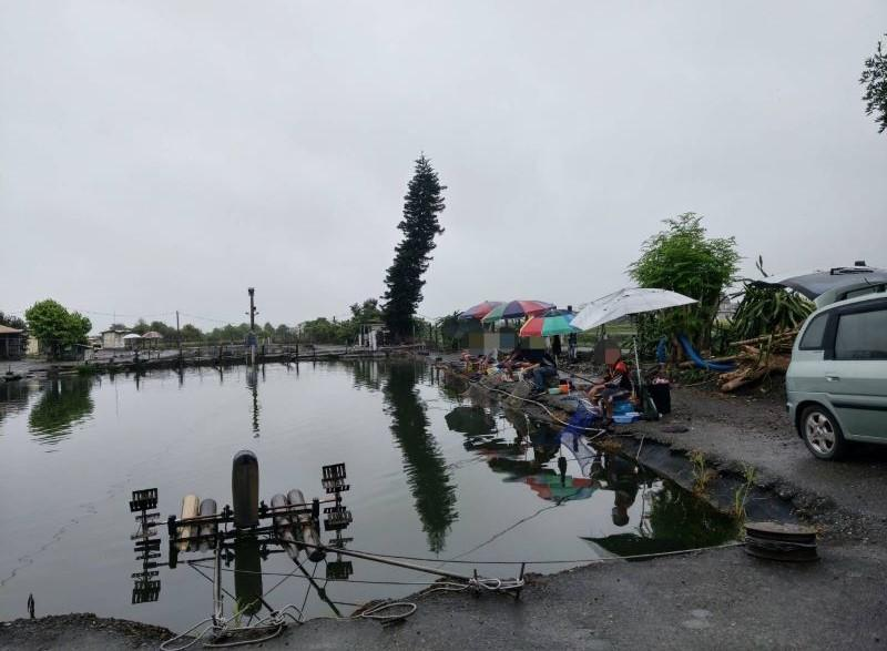 釣魚池違反停業禁令偷偷營業   業者與釣客8人皆處15000元!【影音新聞】
