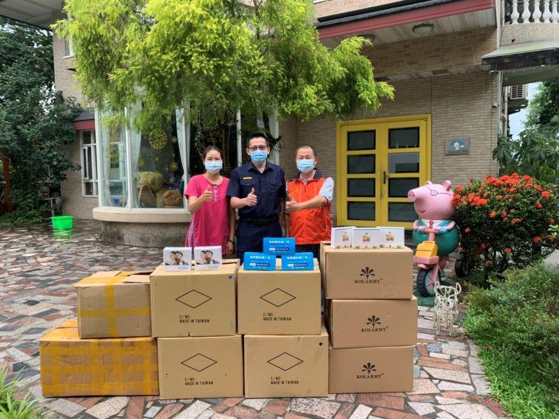 為波麗士加油打氣 ! 熱心民眾贈送「防疫物資及暖心便當」給三星分局