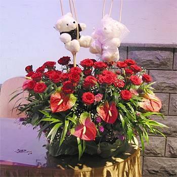 《幸福花園》婚宴新婚熊接待桌花