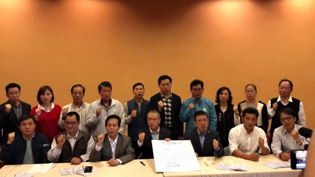 民進黨議員及鄉鎮市長共同連署  力挺陳俊宇為宜蘭縣黨部主委