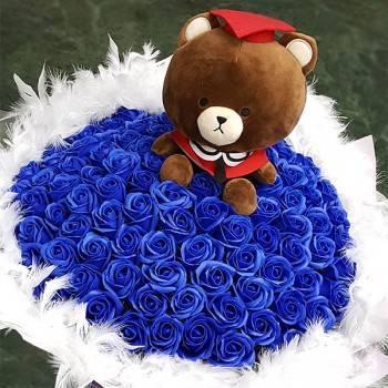 《最耀眼畢業生》湯姆畢業熊99朵藍皂花束