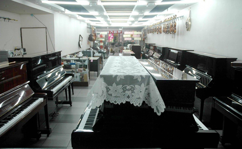 鋼琴  二手  中古鋼琴 海洋鋼琴 曾獲得蘋果日報,消費高手版採訪及獲非凡新聞台大幅報導