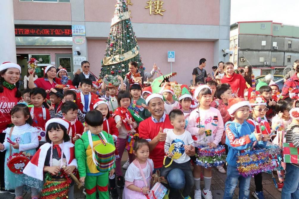 歡慶聖誕節  幼兒園舉辦變聖誕節裝趴趴GO !【影音新聞】