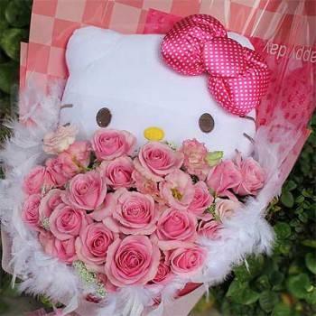 《愛妳》卡通明星玩偶+20朵玫瑰桔梗花束