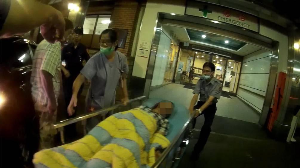 婦人心臟疾病昏迷  三星警方緊急協助開道送醫