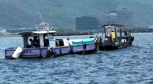 漁船出港就故障 ~海巡派艇護安全