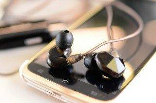 聽感大躍升 人聲與樂器完美的表現 VSONIC VSD3S