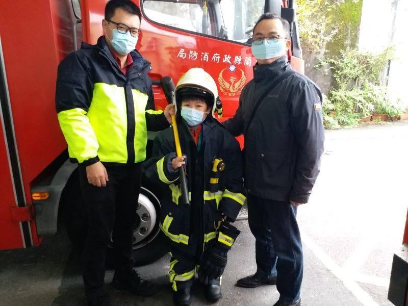 認識消防哥哥救災辛勞  壯圍國小學生參訪壯圍消防分隊