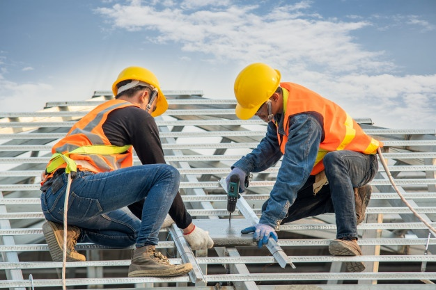 Alone and at-risk: How construction companies can protect lone workers