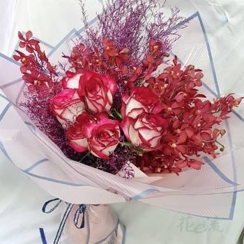 《烈燄深情》進口大朵玫瑰花束