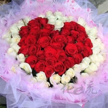 《真心愛你》99朵真心玫瑰花束