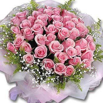 《愛的鐵達尼》50朵鐵達尼玫瑰滿天星花束
