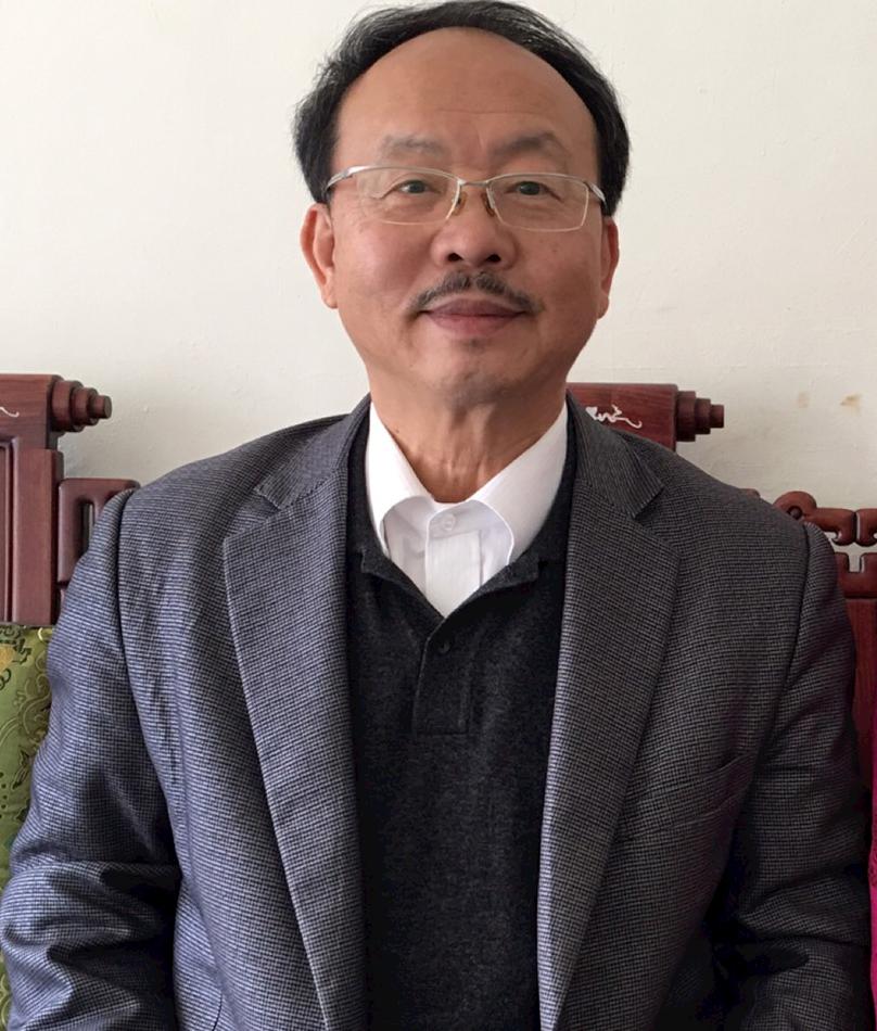 陳於志先生,世界華人top講師現任中華民國組織學習協會理事長,也是全人生命科技公司董事長,以及中華知識生產力協會榮譽理事長,也兼任許多協會、基金會、公司的高階職務。 國際創業報施信宏報導