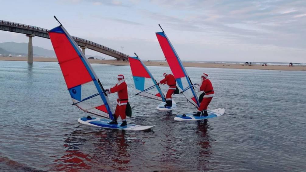 聖誕老人駕風帆邀您到福隆迎「鼠」光【影音新聞】