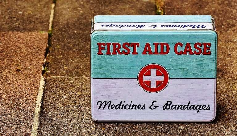 如何申請免費的獨居老人緊急救援服務?