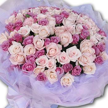 《夢幻情人》99朵雙色夢幻玫瑰花束