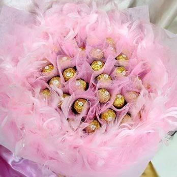 【特價花束】《甜蜜戀曲-粉愛》33朵甜蜜金莎巧克力花束