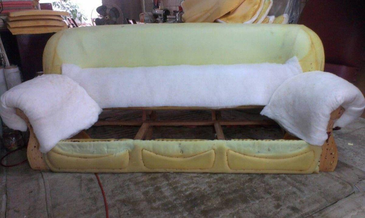 再來就是把沙發的扶手、靠背一一的補充絨布 !三人座牛皮沙發修理請找吉昌傢俱沙發工廠